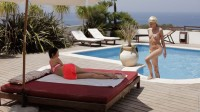 Wow Girls Eveline & Izzy Delphine in Convertion To Pussy Love 2