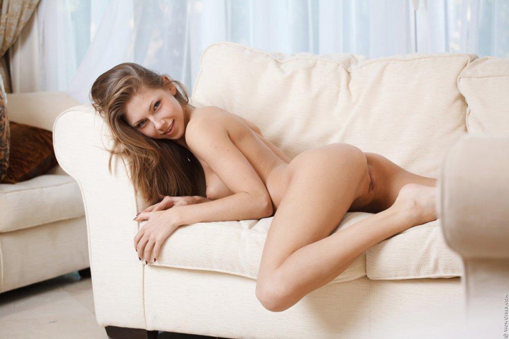 Wow Girls Anjelica in Teasing Foreplay 7