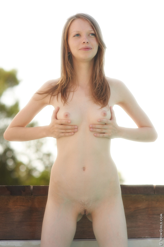Wow Girls Naked Fay featuring Gloria 14