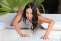 Wow Girls Melanie B in Horny Starlet 13