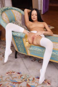 Wow Girls Lonely, Horny Princess Featuring Melanie B 16