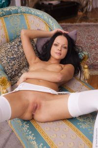 Wow Girls Lonely, Horny Princess Featuring Melanie B 4