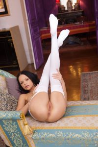 Wow Girls Lonely, Horny Princess Featuring Melanie B 5